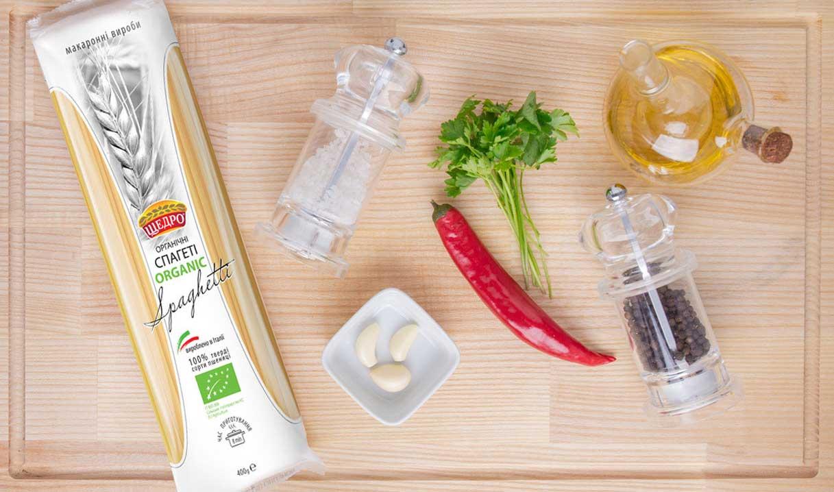 Спагеті аліо оліо, інгредієнти