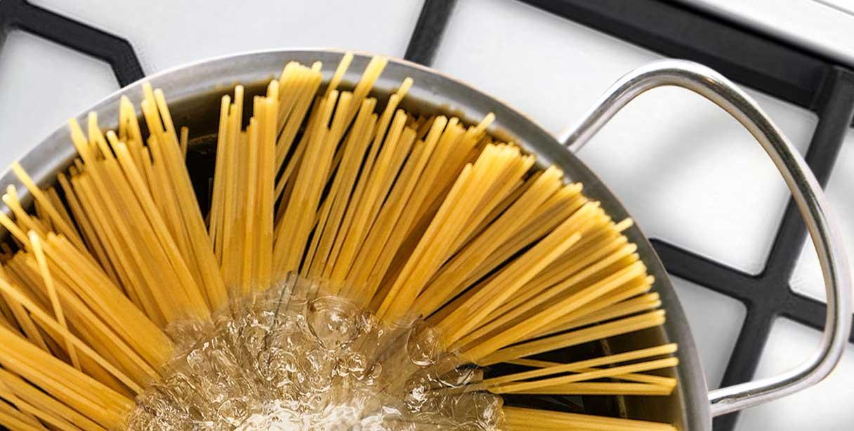 Спагеті аліо оліо, приготування